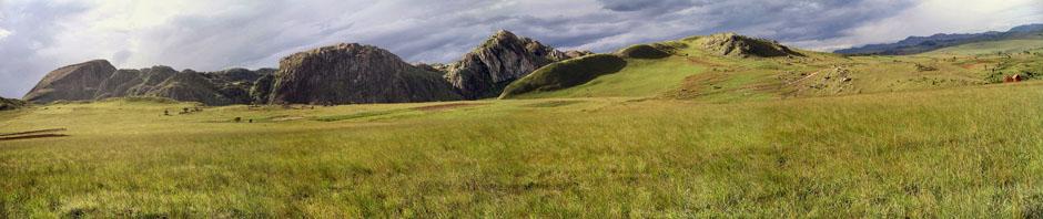 Le mont Ratovay, au sud d'Ambatofinandrahana